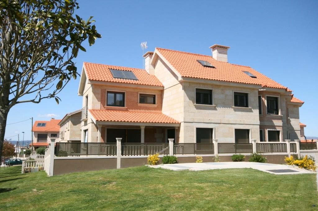 urbanizacion_pedreira_promociones_luisbarros_chalet_casa_vivienda_pareado_vigo